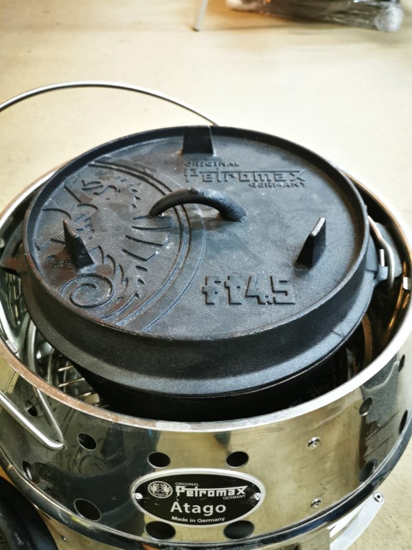Petromax ft4.5 Dutch Oven hier im Atago
