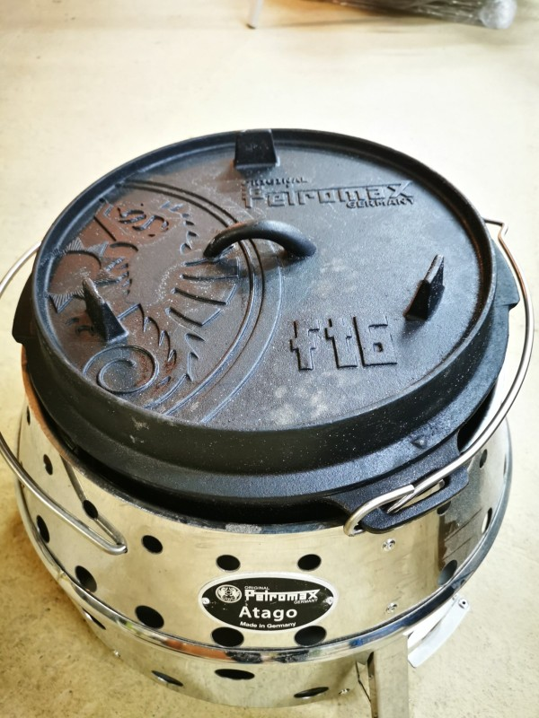 Petromax ft6 Dutch Oven hier im Atago