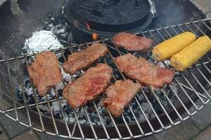 grillrost-mailskolben-fleisch-neu